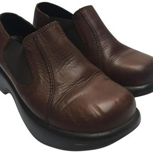 Dansko Brown Unisex Mules/Clogs Size 37